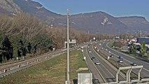 Trafic autoroutier au niveau de Saint-Egrève en Isère RN481
