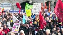 Hunderte demonstrieren gegen Münchner Sicherheitskonferenz