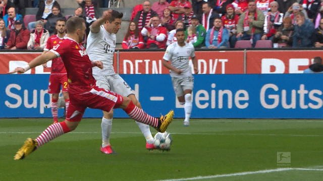 22e j. - Le Bayern Munich cartonne Cologne
