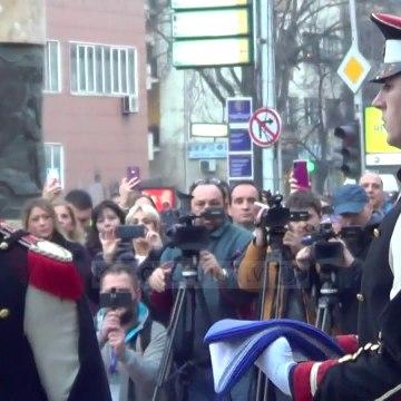 Maqedoni e Veriut: Flamuri i NATO ngrihet para parlamentit