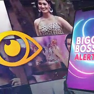 Bigg Boss 13 Grand Finale: Rashami Desai And Her Mother CRY UNCONTROLLABLY On Seeing Each Other, Salman Khan Steps In To Pacify