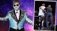 Preocupación por la salud de Elton John: se marcha de un concierto tras quedar afónico