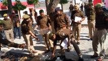 शामली -कोतवाल ने उठाई पिस्टल तो चली गोली, पुलिसकर्मी बचे