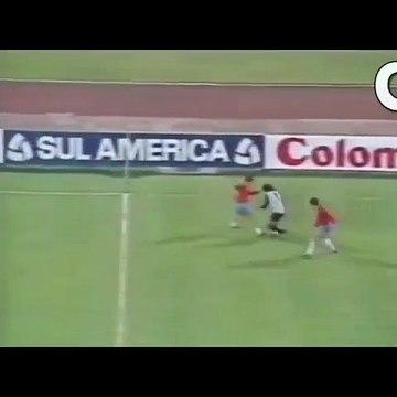 La vidéo qui prouve que René Higuita est le gardien le plus génial de l'histoire