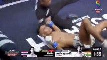 El momento en el que el árbitro le salva la vida al Neymar del Muay Thai