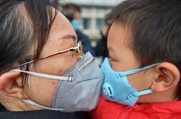 Nouveau bilan du coronavirus : près de 1 800 morts et 71 000 contaminés