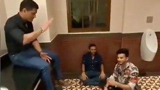 Dhoni Enjoys Bathroom Singing With Parthiv And Piyush