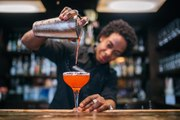 Bartenders Swear By This Cocktail Shaker for Professional-Level Drinks