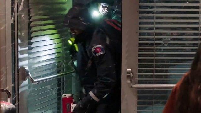 Grey's Anatomy S16E15 Snowblind
