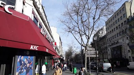 Kim and Kanye get commemorative plaque after ordering in Paris KFC