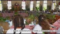 Drogue : les protestants font signer la croix bleue contre l'ice à Papetoai