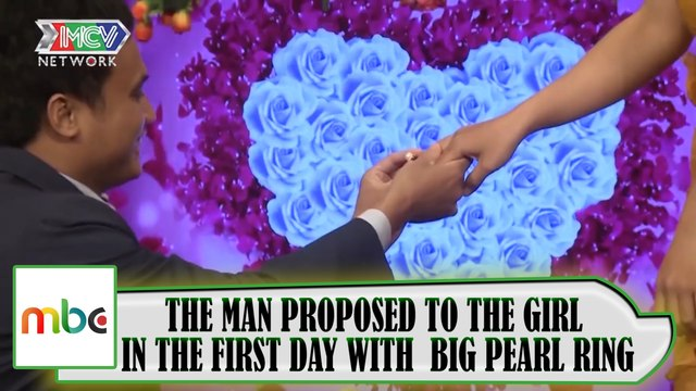 THE MAN PROPOSED TO THE GIRL IN THE FIRST DATE WITH A BIG PEARL RING