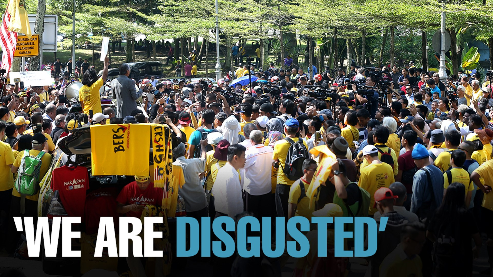"""NEWS: Bersih """"disgusted"""" with political chess game"""