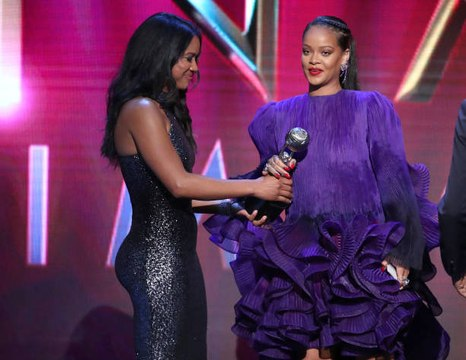 Rihanna Gave an Empowering Speech at the NAACP Image Awards