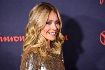 Kelly Ripa Is Making up for Years of Sun Damage With This Best-Selling Sunscreen
