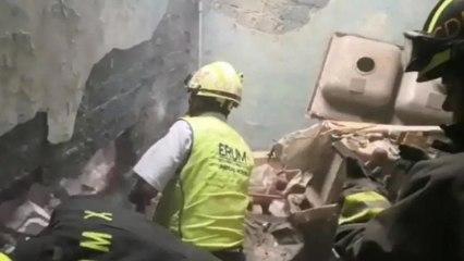 Rescatan a bebé recién nacida atrapada entre dos paredes en CDMX