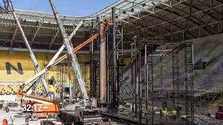 Accéléré de la construction d'une scène de concert géante dans un stade !