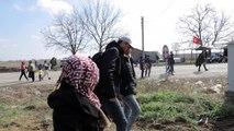 Dizi oyuncusu Ulaş Tuna Astepe düzensiz göçmenleri ziyaret etti - EDİRNE