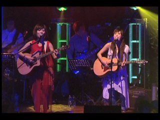 Robynn & Kendy - Dream Together Live Part 1