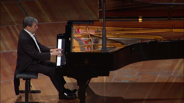Murray Perahia - J.S. Bach: French Suite No.5 In G, BWV 816, 2. Courante