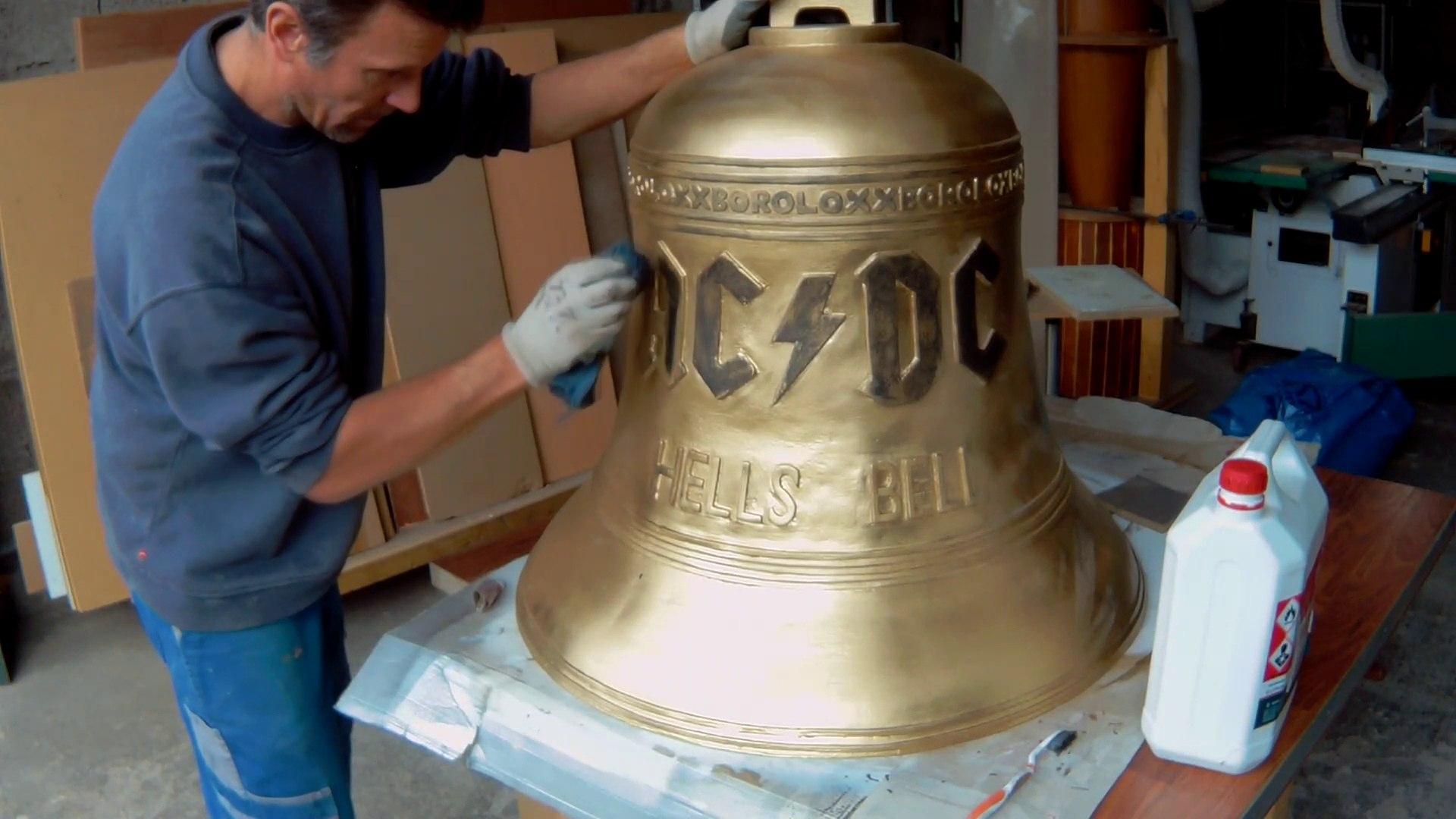HELLS BELLS AC/DC     FAIRE LA CLOCHE AC/DC