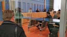 Federal Basın Merkezi'nde gerçekleştirilen basın toplantısına koronavirüs (Kovid-19) önlemi - BERLİN