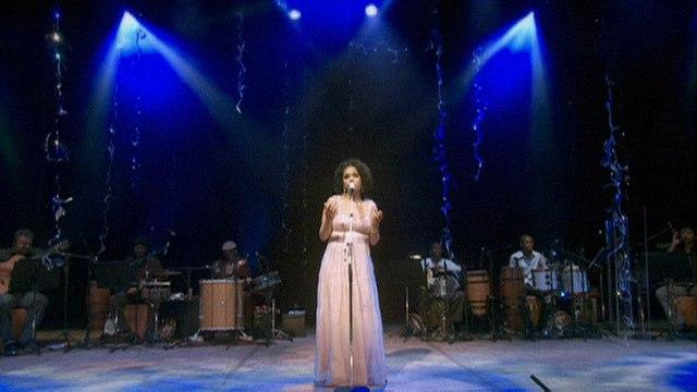 Teresa Cristina - Cantando