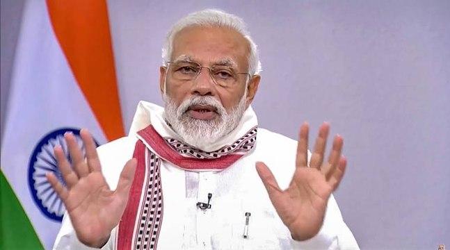 வீடியோ கான்பரன்சிங் மூலம் கொரோனா வைரஸ் தொடர்பான பிரச்சினைகள் குறித்து வாரணாசி குடிமக்களுடன் பிரதமர் மோடி