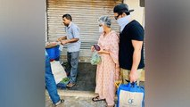 Paras Chhabra अपनी Mother के साथ सड़क पर सब्जी खरीदते हुए Viral   Boldsky