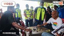 """""""Why aren't you at home?"""" - Selangor Police conducts operation to educate people"""