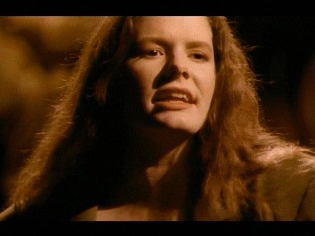 Edie Brickell & New Bohemians - Mama Help Me