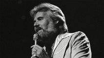 Huyền thoại nhạc đồng quê Kenny Rogers qua đời ở tuổi 81