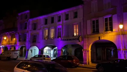 A 20h, une minute de chaleureux applaudissements pour les soignants à Remiremont
