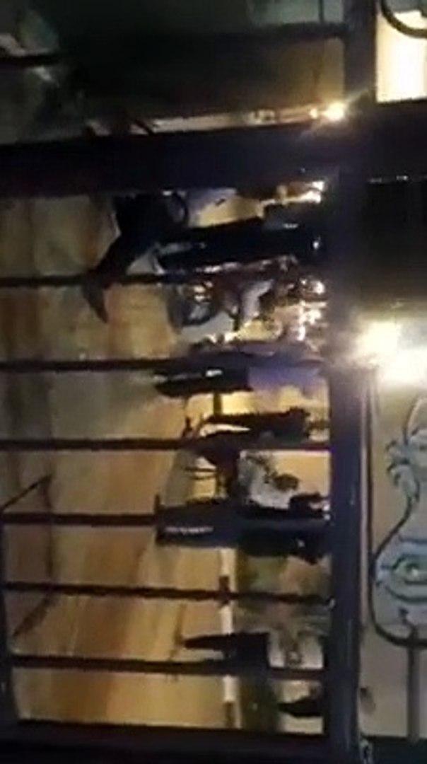 احتفال طاقم الأمن بمستشفى إسنا للحجر الصحى بتعافى 29 حالة من كورونا