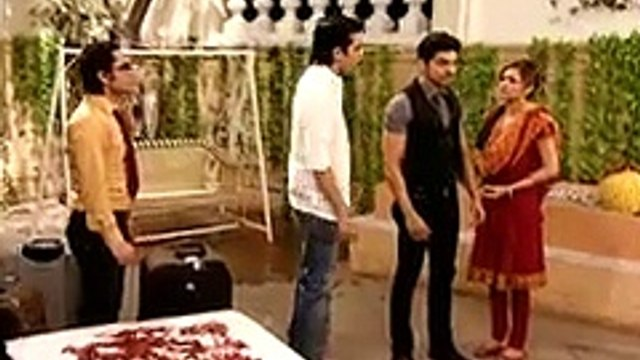 Geet Hui Sabse Parayi  Geet Goes to Daman's House