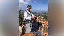 Neena Gupta Husband Vivek Mehra से Self Quarantine के वक्त Head Massage लेते VIRAL | Boldsky