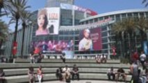 ViacomCBS Cancels Online VidCon Amid Global Coronavirus Pandemic | THR News