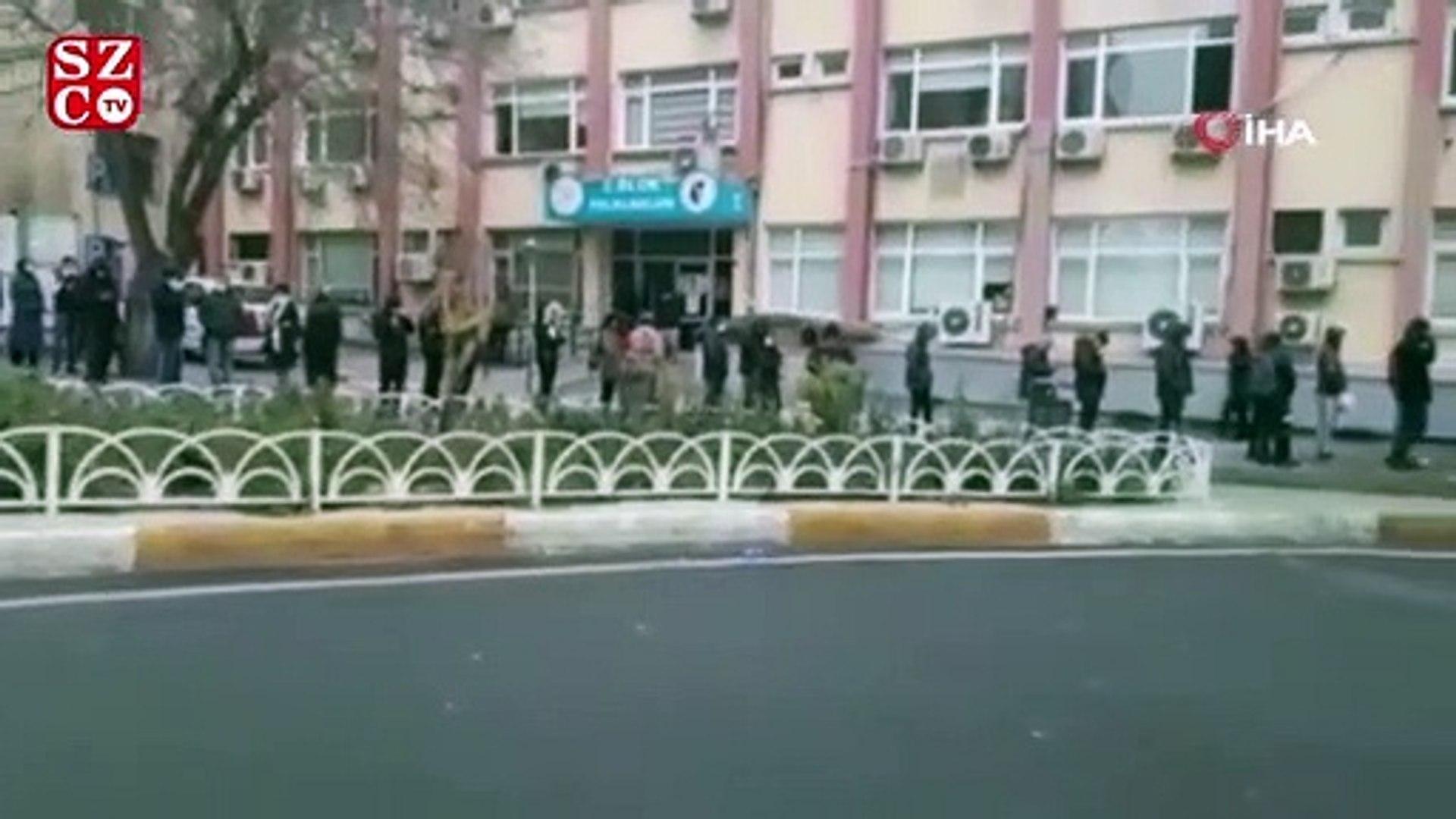 Bakırköy'de hastanede corona virüs test kuyruğu