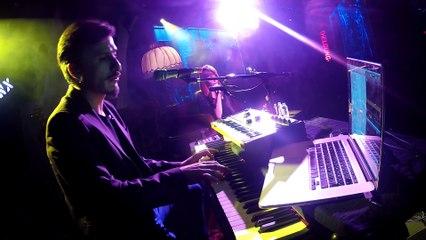 Doğan Duru & Aylin Aslım - Henry Lee (Akustik Performans)   Bronx Konseri