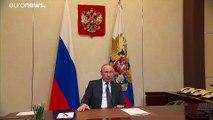 """Poutine appelle les Russes à """"rester à la maison"""", le Kremlin reconnaît la menace du coronavirus"""