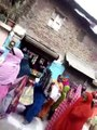 इंदौर में बड़ी लापरवाही, पूर्व नेता प्रतिपक्ष के घर के बाहर लगी महिलाओं की लंबी कतार