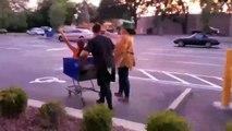 Ce must de mal, échec de chariot de magasinage