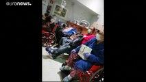 Por dentro de um hospital de Madrid saturado pela Covid-19