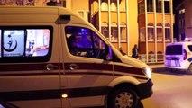 Motosikletin kamyonetle çarpışması sonucu 3 kişi yaralandı