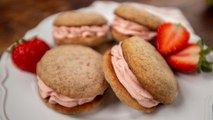How to Make Strawberry Sandwich Cookies
