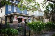 "Historic Florida Neighborhood Hosts ""Porch Decorating Contest"" to Get Residents Through Quarantine"