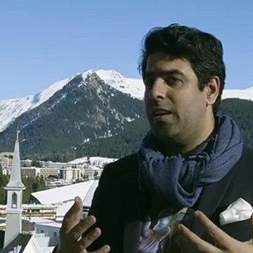Sachin Dev Duggal Engineer AI sharing what is Builder