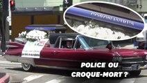 Pour faire respecter le confinement, le corbillard de la police colombienne