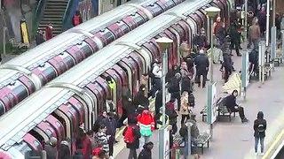London Underground busy despite lockdown