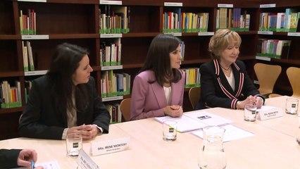Doña Letizia realiza una videoconferencia con el presidente de FASOCIDE